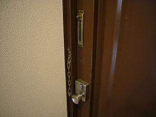 302号室のドアロック